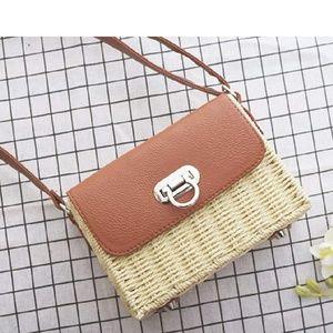 Natural Straw Crossbody Handbag